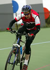 Norman pushing his mtb to the limit on the Carnegie Velodrome (42kb)
